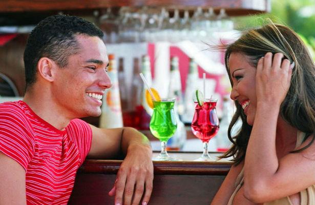 10 Etiquette Rules for Online Dating-relationships-dating-advice-dating-singles-meetville-matchmaking