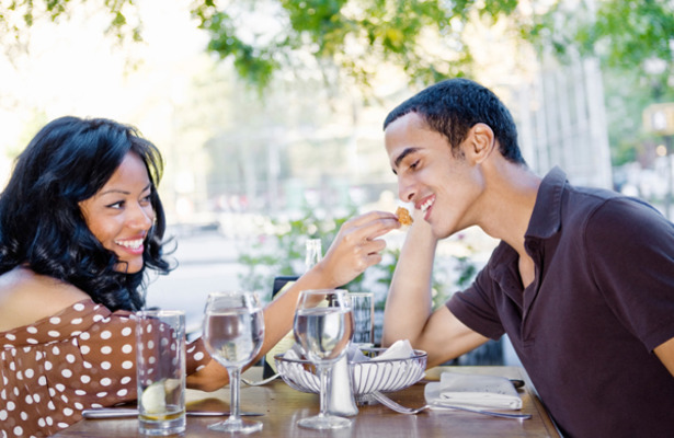 Things Not to Do on a First Date relationships-dating advice-dating-singles-meetville-matchmaking