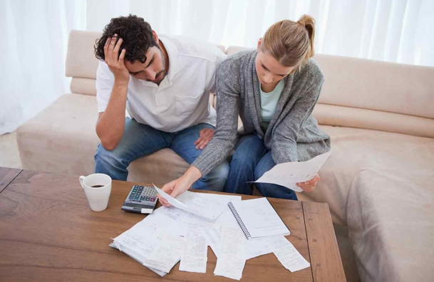 Majority of Americans Not Willing To Share Finances dating-singles-meetville-matchmaking