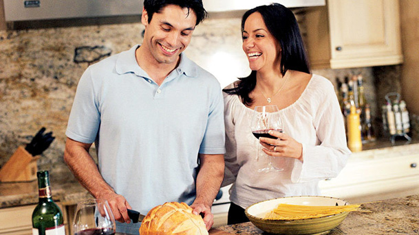 Women Are Ready to Start a Family with Unemployed Spouse dating-singles-meetville-matchmaking