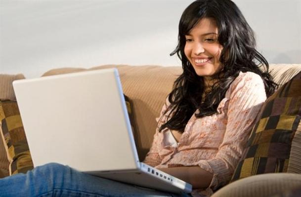 3 Ways to Enjoy Online Dating After Divorce dating-singles-meetville-matchmaking