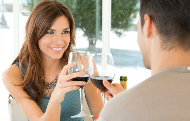 4 Ways to Spot the Wrong One Who Is Toxic   dating-singles-meetville-matchmaking