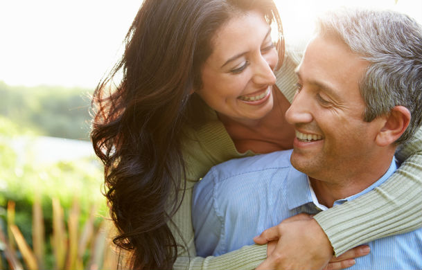 Tips and Advice on How to Meet Older Singles dating-singles-meetville-matchmaking